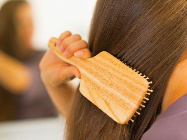 Vitaminat Që Ju Duhen Për Flokë Të Dendur Dhe Të Shëndetshëm